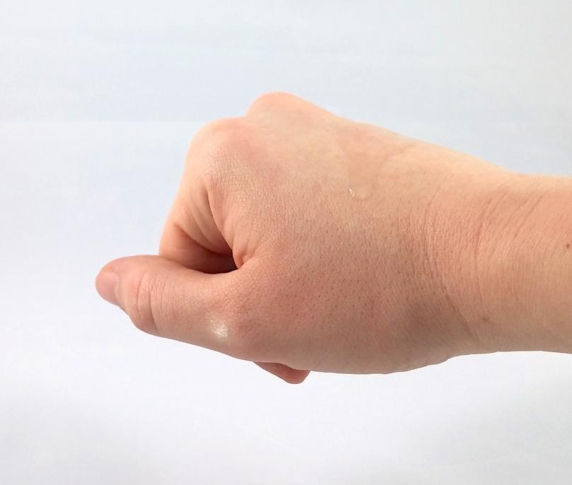 ari texture hand
